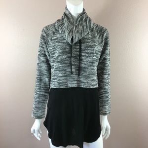 Two By Vince Camuto Sweater Turtleneck Spilt Side